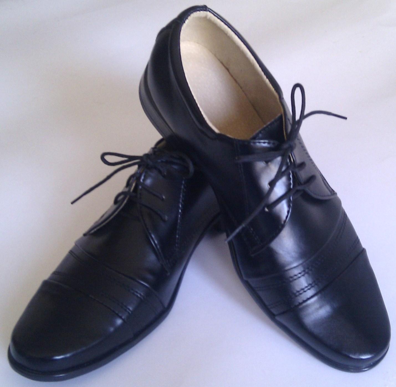 Chlapecké boty střevíce černé lesk vel.35  c6133f6db5