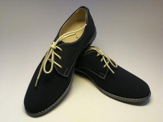 5654cff9cd7 Dětské chlapecké boty střevíce tm. modré -v.32